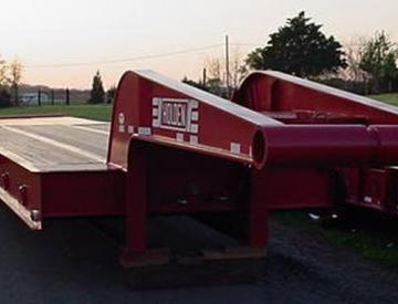 Moore Truck and Equipment Inventory:  Holden 3 Axle 50 Ton Narrow Neck Oilfield Lowboy