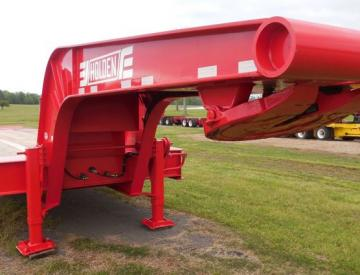 Moore Truck and Equipment Inventory:  Holden 2 Axle 35 Ton Narrow Neck Lowboy with Inverted 5th Wheel