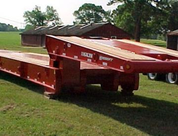 Moore Truck and Equipment Inventory:  KalynSiebert 3 Axle 50 Ton Folding Neck Oilfield Lowboy