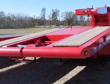 Moore Truck and Equipment Inventory:  KalynSiebert 5 Axle 60/70 Ton Folding Neck Lowboy + Tandem Axle Jeep