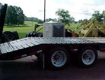 Moore Truck and Equipment Inventory:  Viking Trailers 35 Ton Beavertail w/Ramps