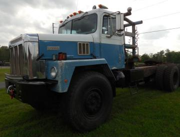 Moore Truck and Equipment Inventory: 1982 International 5070 Paystar Prime Mover